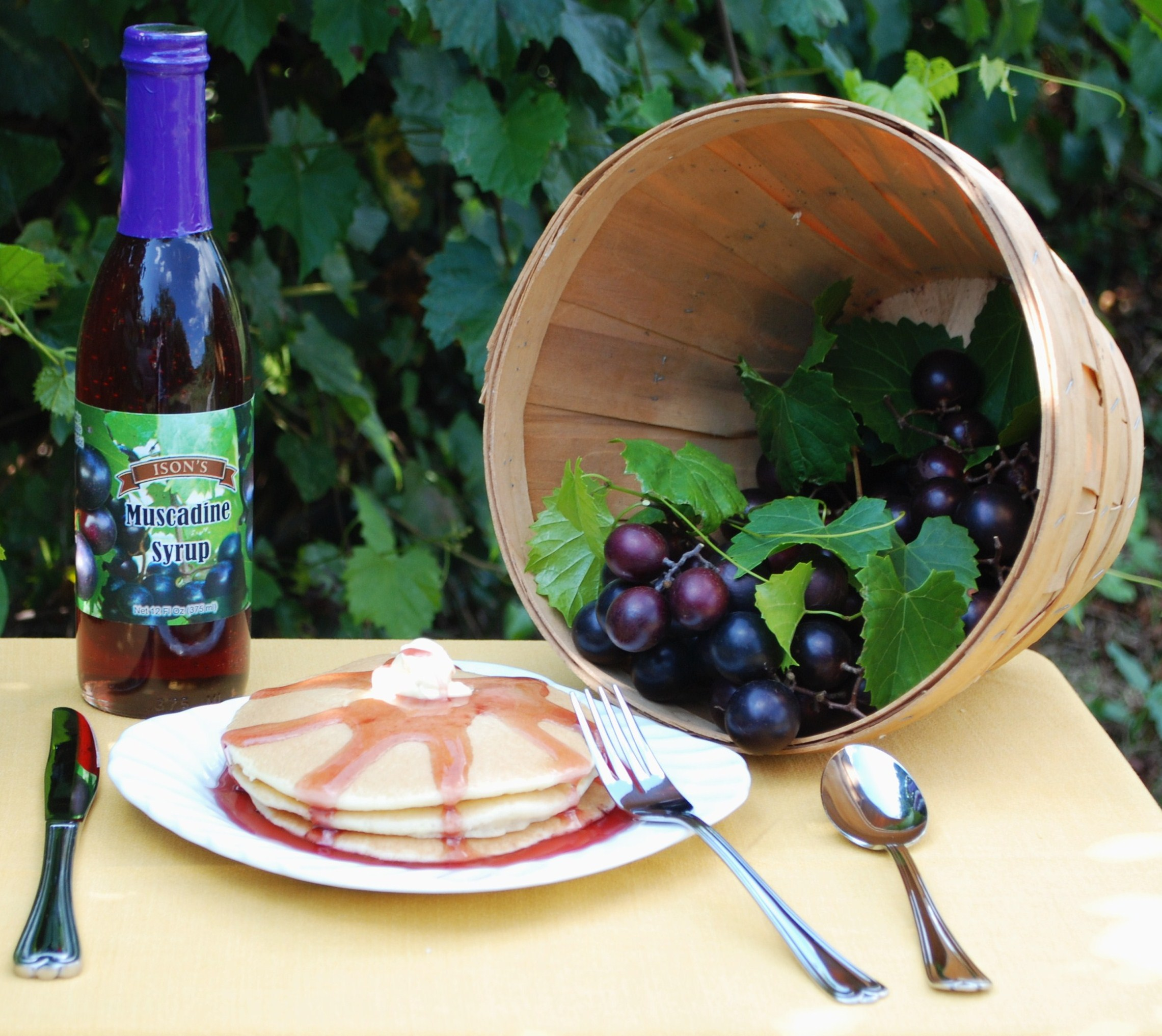 Muscadine Syrup. 12 oz.